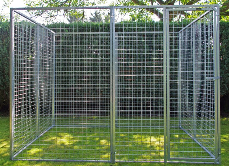 Universele kennel 1,75 x 2,4m hoogte 1,8m